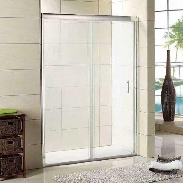 Параван за баня стъклен модел